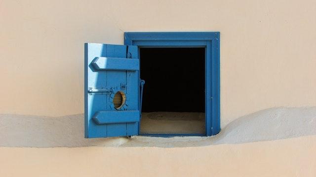 「ドア・イン・ザ・フェイス」とは?|意味・由来