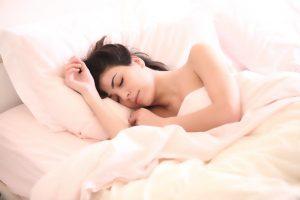 【寝つきが悪い方必見!】シャッフル睡眠法とは?