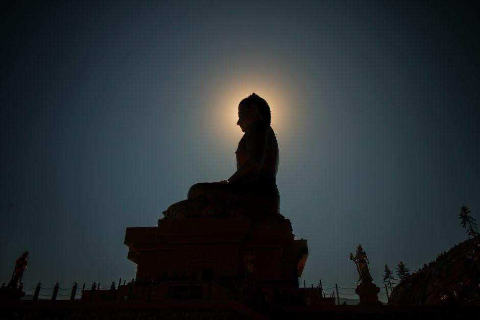 他力本願の由来は仏教にある!|由来と語源